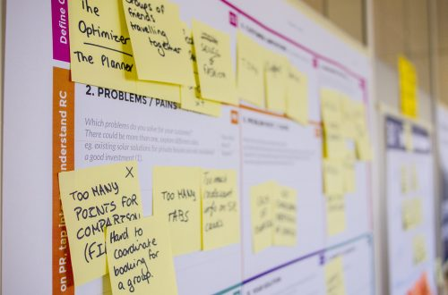picture of sticky notes over a content map to measure brand health.